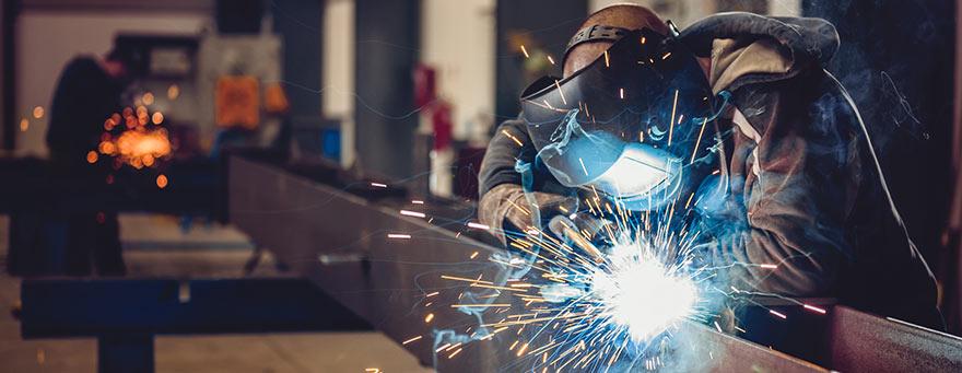 Qual a diferença entre siderúrgica e metalúrgica?
